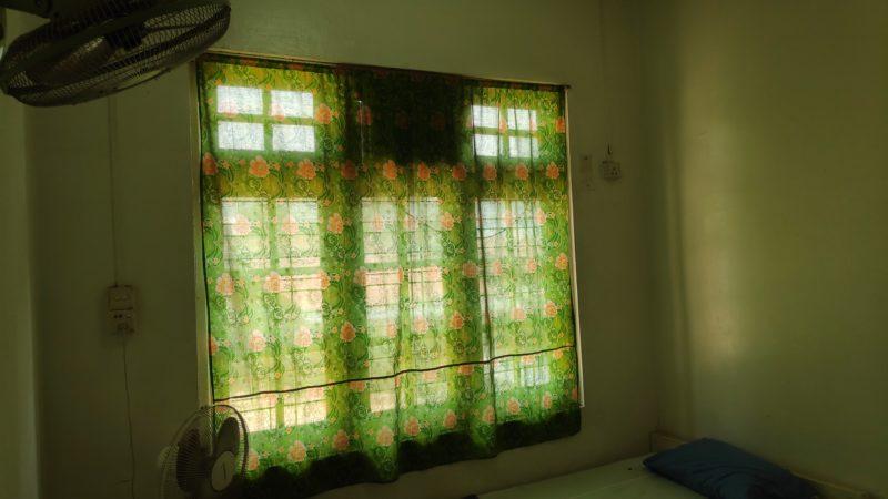 日がたっぷり入る窓