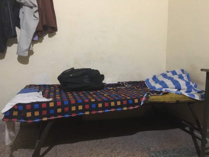 [設備]インドの不衛生なベッド