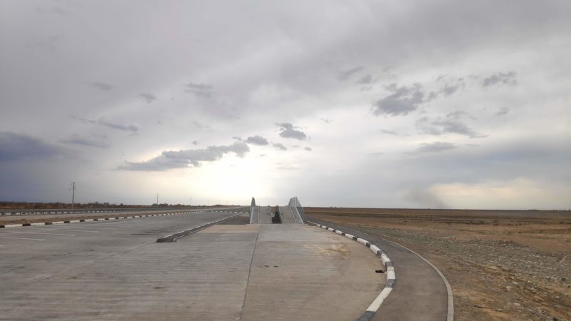 カザフスタンの道路