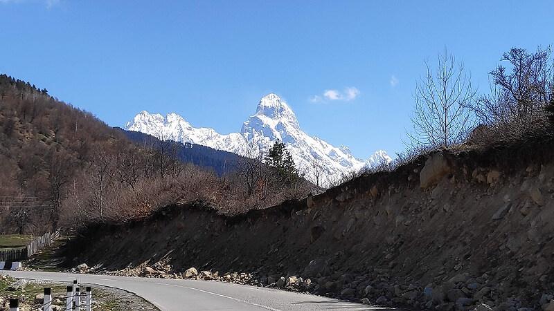 メスティアの雪山