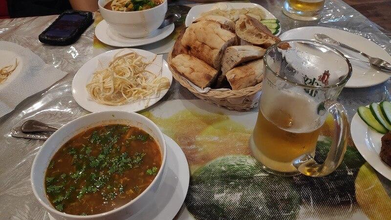 カザフスタン、アクタウのElem-T併設のレストラン