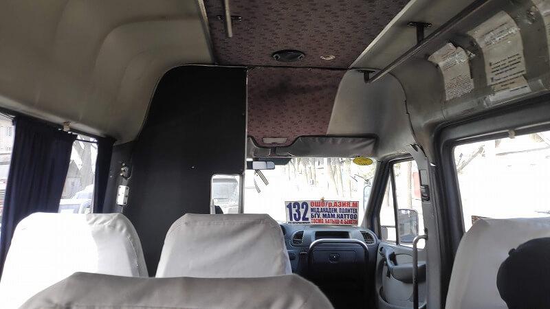 マルシュートカの車内