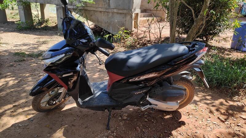 ミャンマー、パアンのレンタルバイク