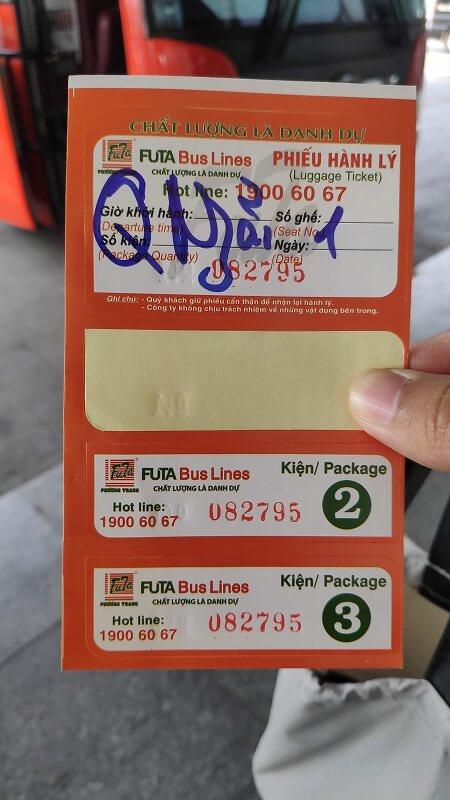 クアンガイ行きのバスチケット