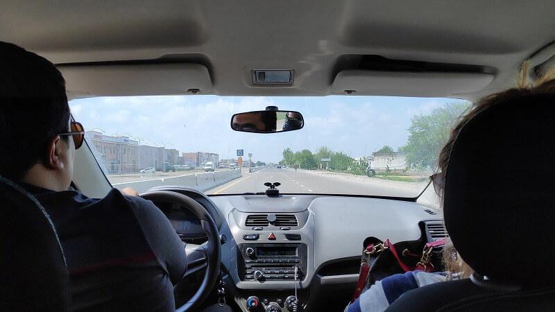 サマルカンドからブハラへの乗合タクシー